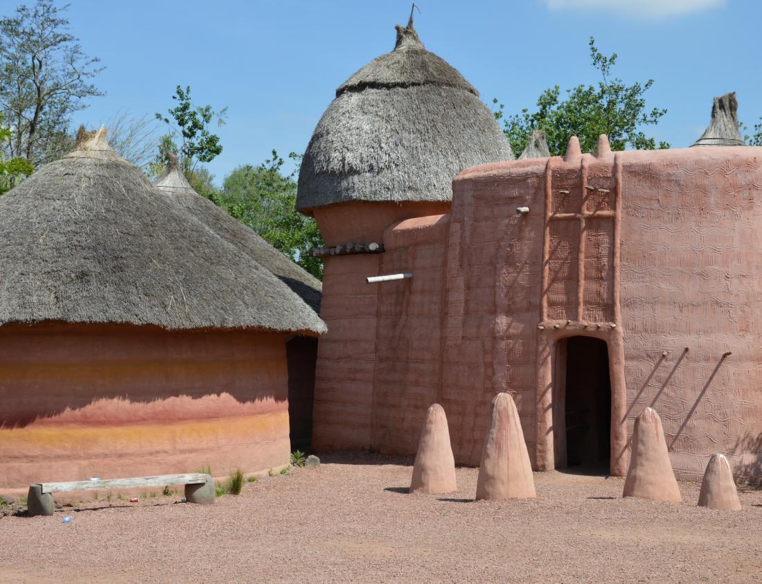 village-tamberma-pairi-daiza